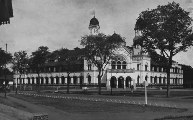 Lawang Sewu, Jawa Tengah – Indonesia (Bangunan Sejarah)